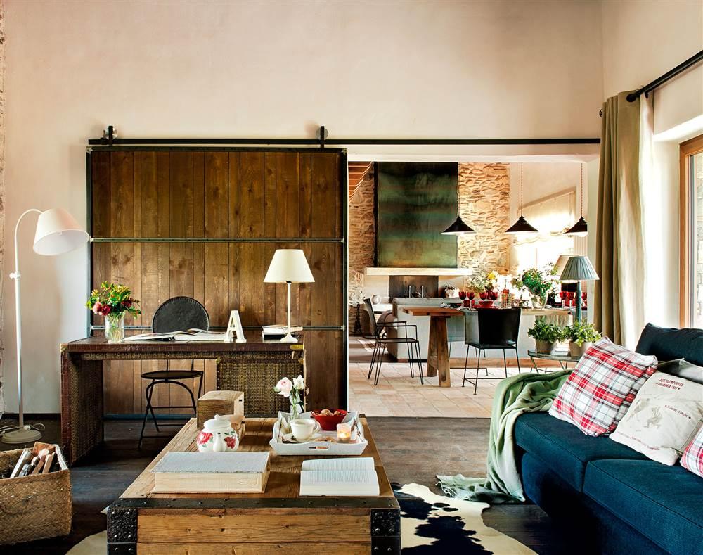 Instala una puerta corredera en casa y gana 1 5 m2 reales - Salones de casas rusticas ...