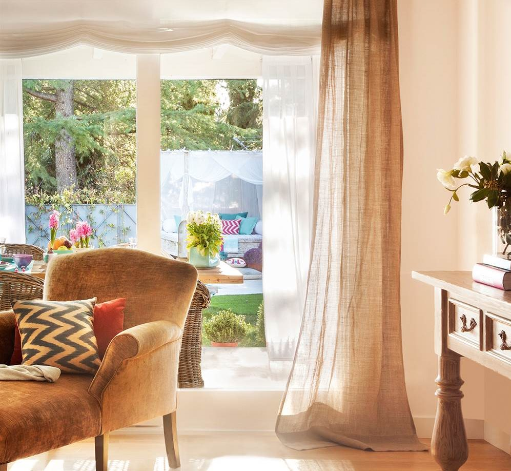 Elegir cortinas y acertar telas medidas y materiales - Estor con cortina ...