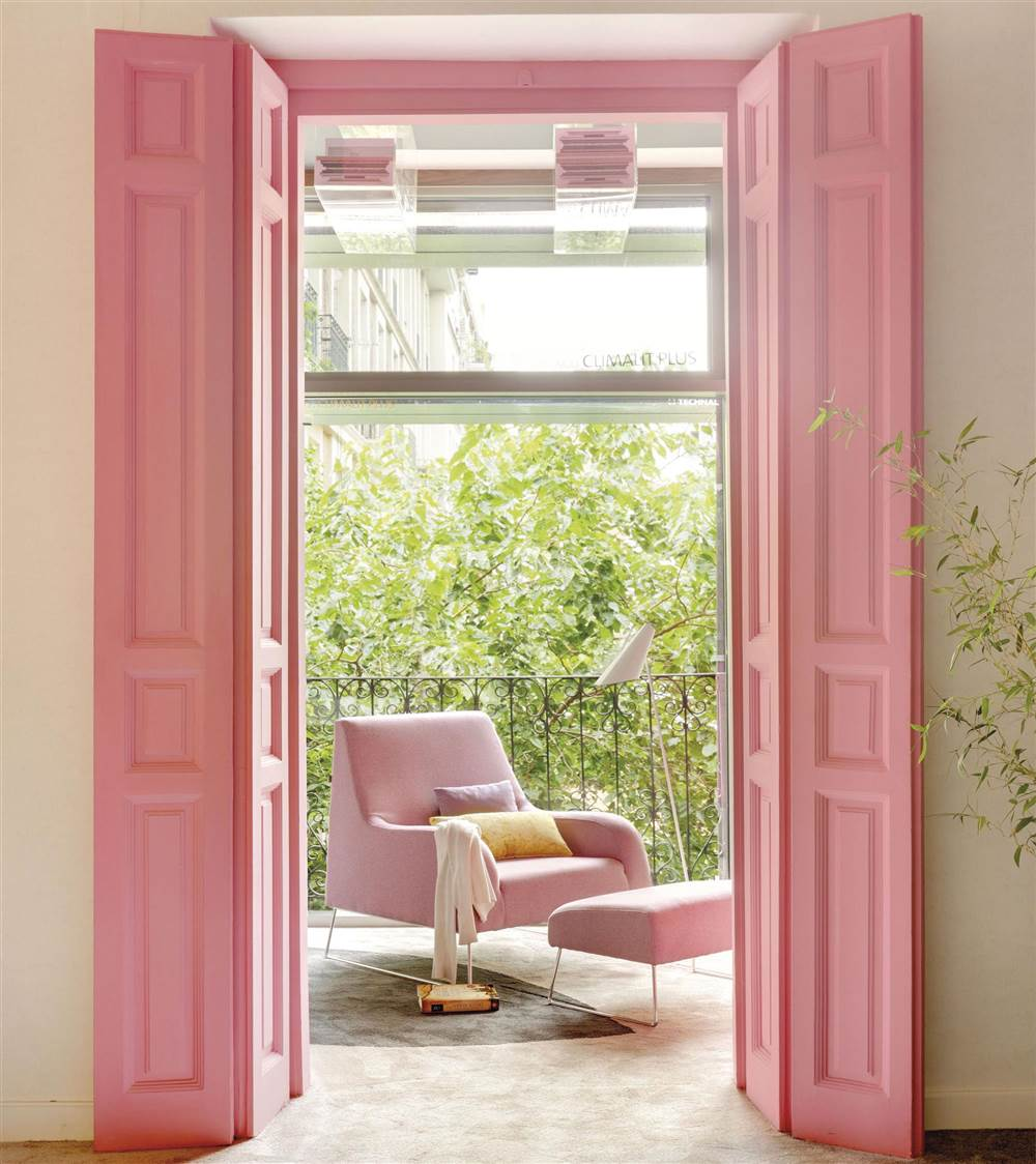 Tendencias de decoraci n en color rosa for Pintura para marcos de puertas y ventanas