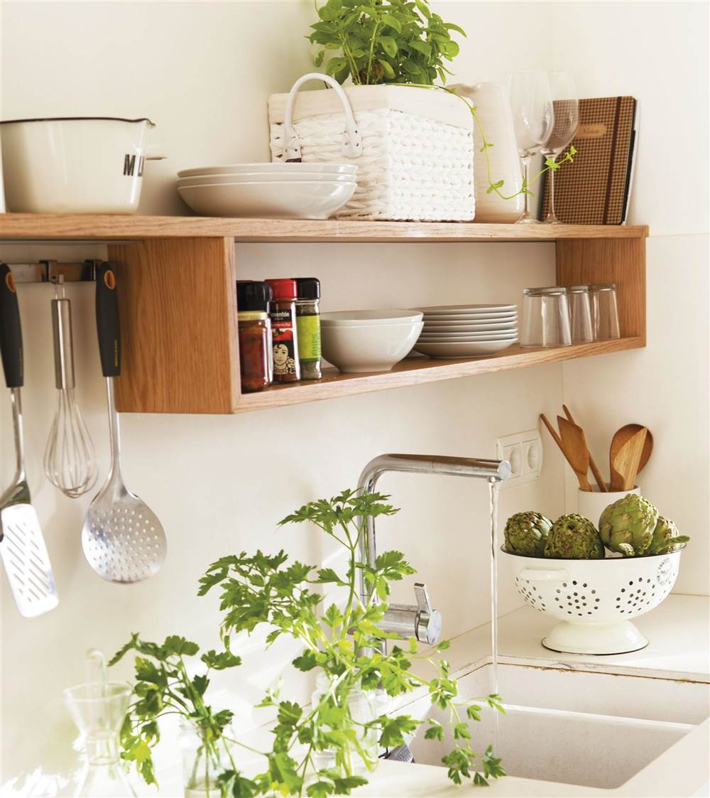 Soluciones de orden para las paredes - Estanterias para cocina ...