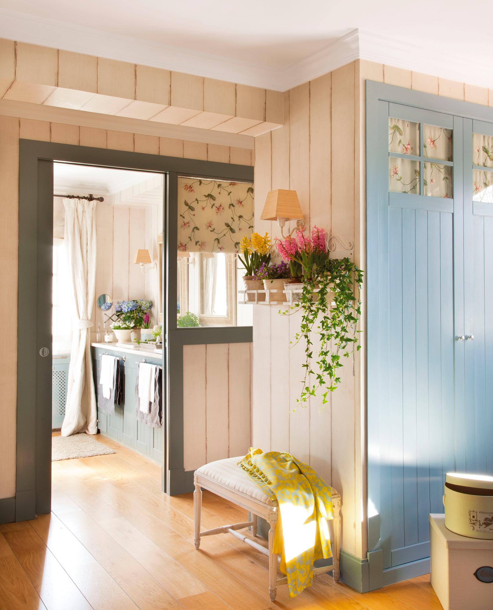 Mi casa cada d a mejor 20 ideas para un cambio expr s - Papel pintado pasillo ...