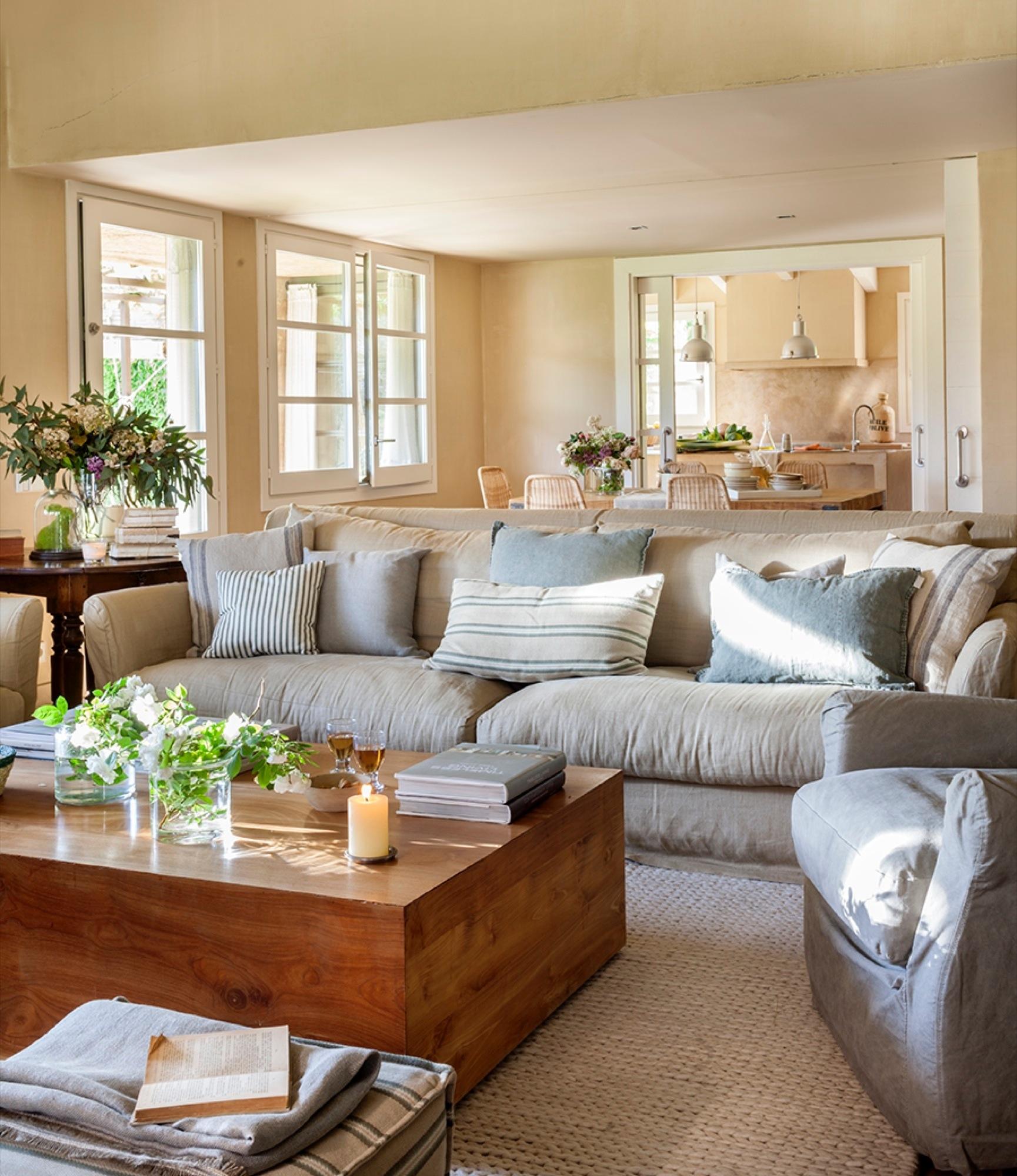 Casa de campo con mucho estilo - Alfombras para salones modernos ...