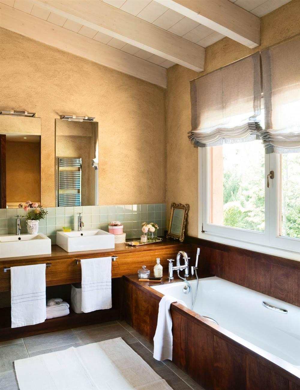 Organizacion Baño Pequeno:Alinear las piezas Poner en un mismo lado del baño inodoro, lavabo