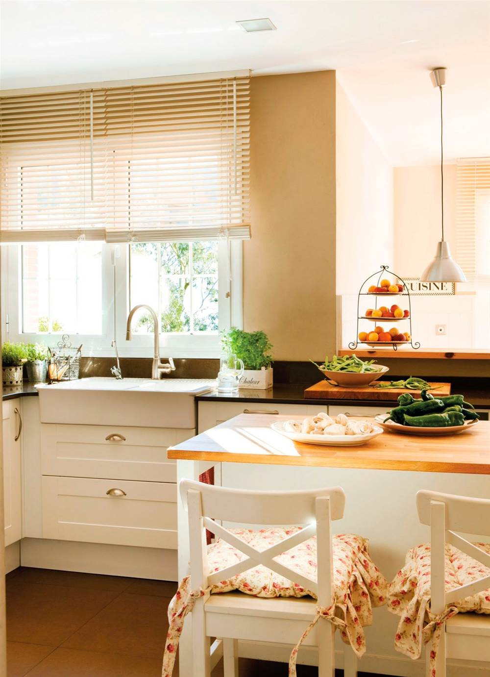 C mo organizar la cocina y el ba o para que resulten m s - Cocinas y banos ...