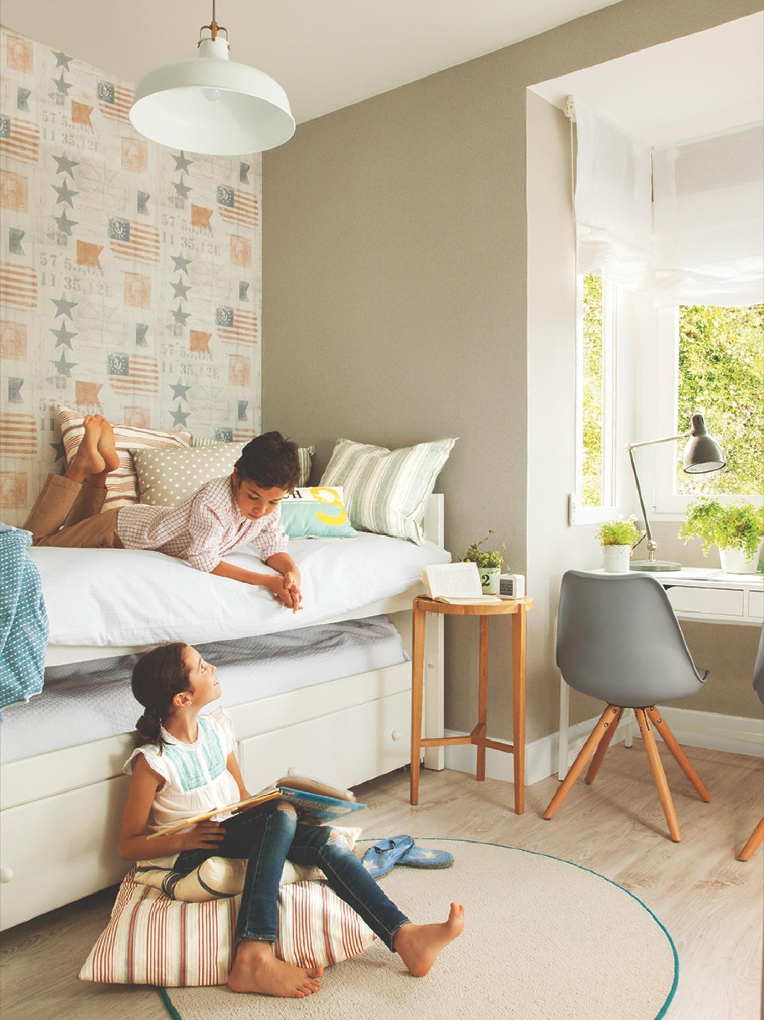 20 dormitorios con muchas ideas for Cabeceros de cama con papel pintado