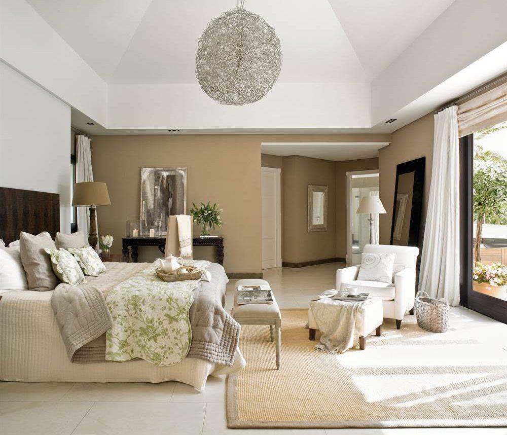 Ideas para que el dormitorio principal sea m s relajante for Como decorar un dormitorio grande