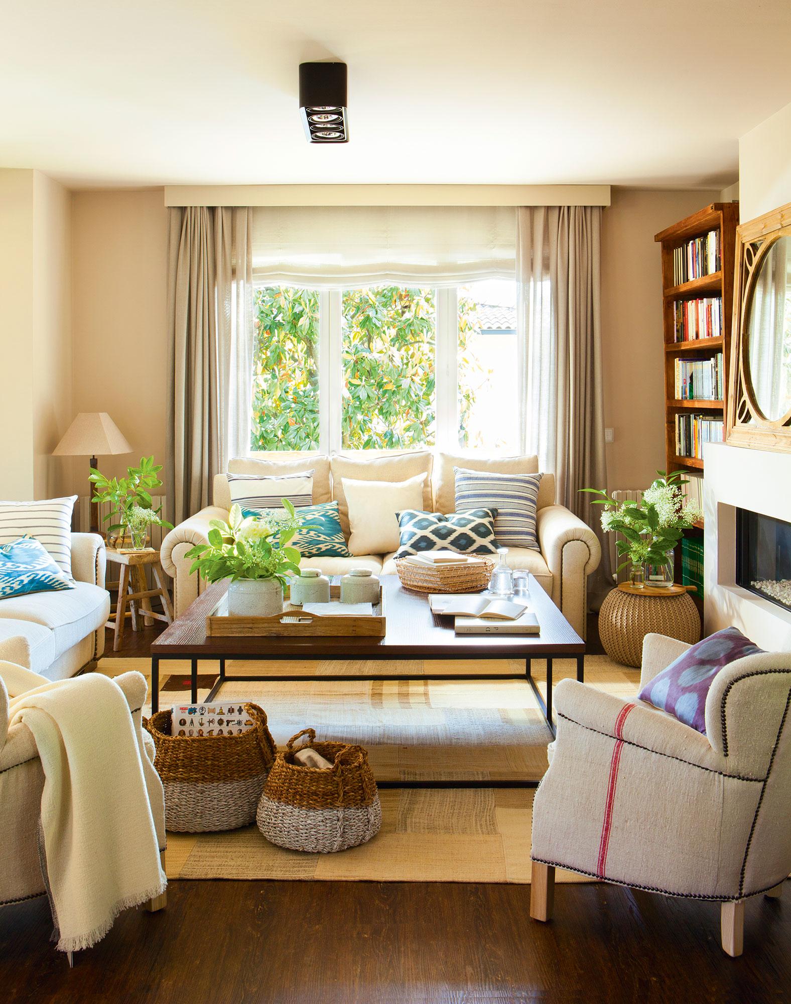 4 salones ideales ideas de decoradora para tener un sal n perfecto Como decorar un salon con chimenea