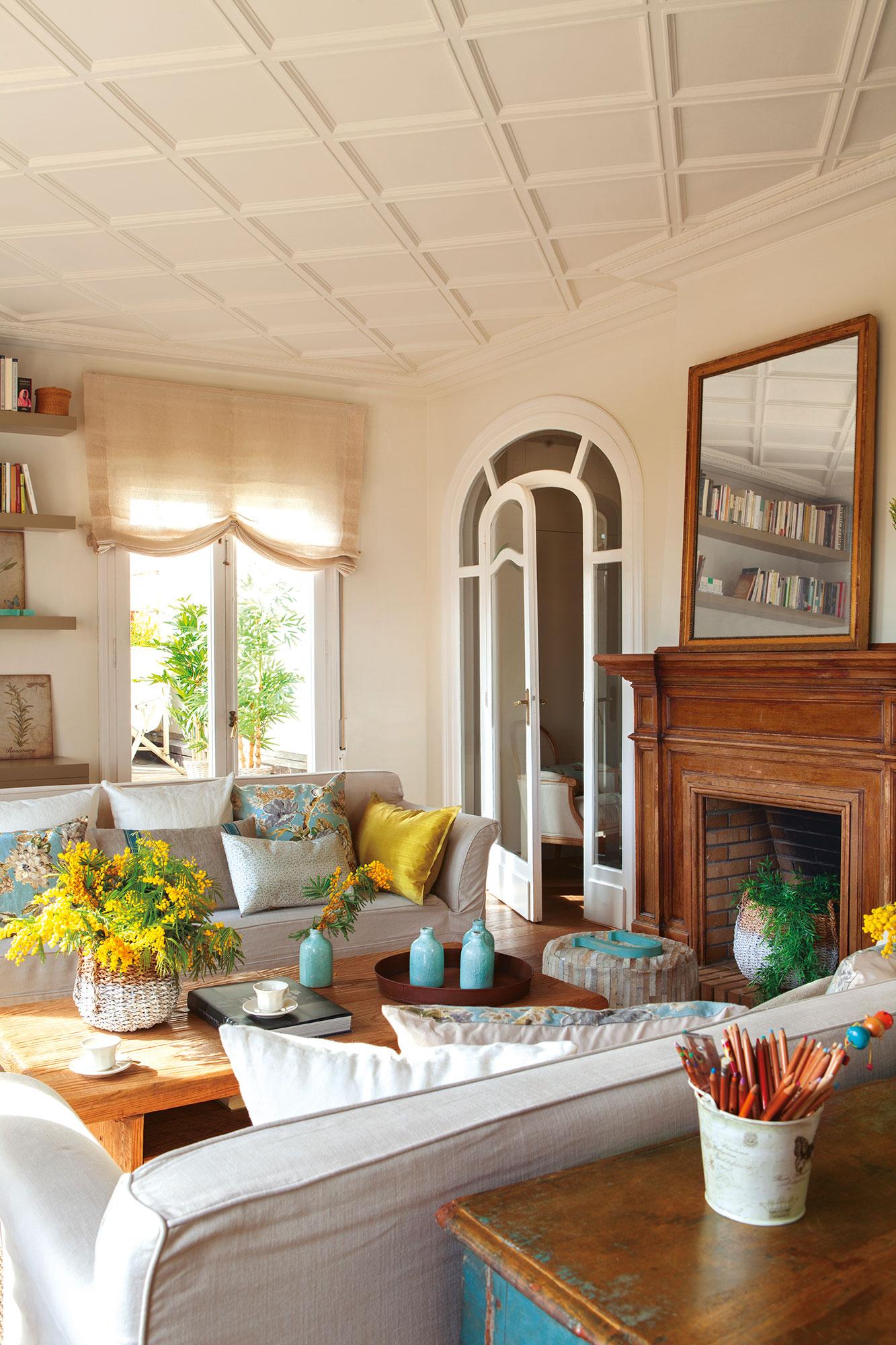 4 salones ideales ideas de decoradora para tener un sal n - Salon con chimenea ...
