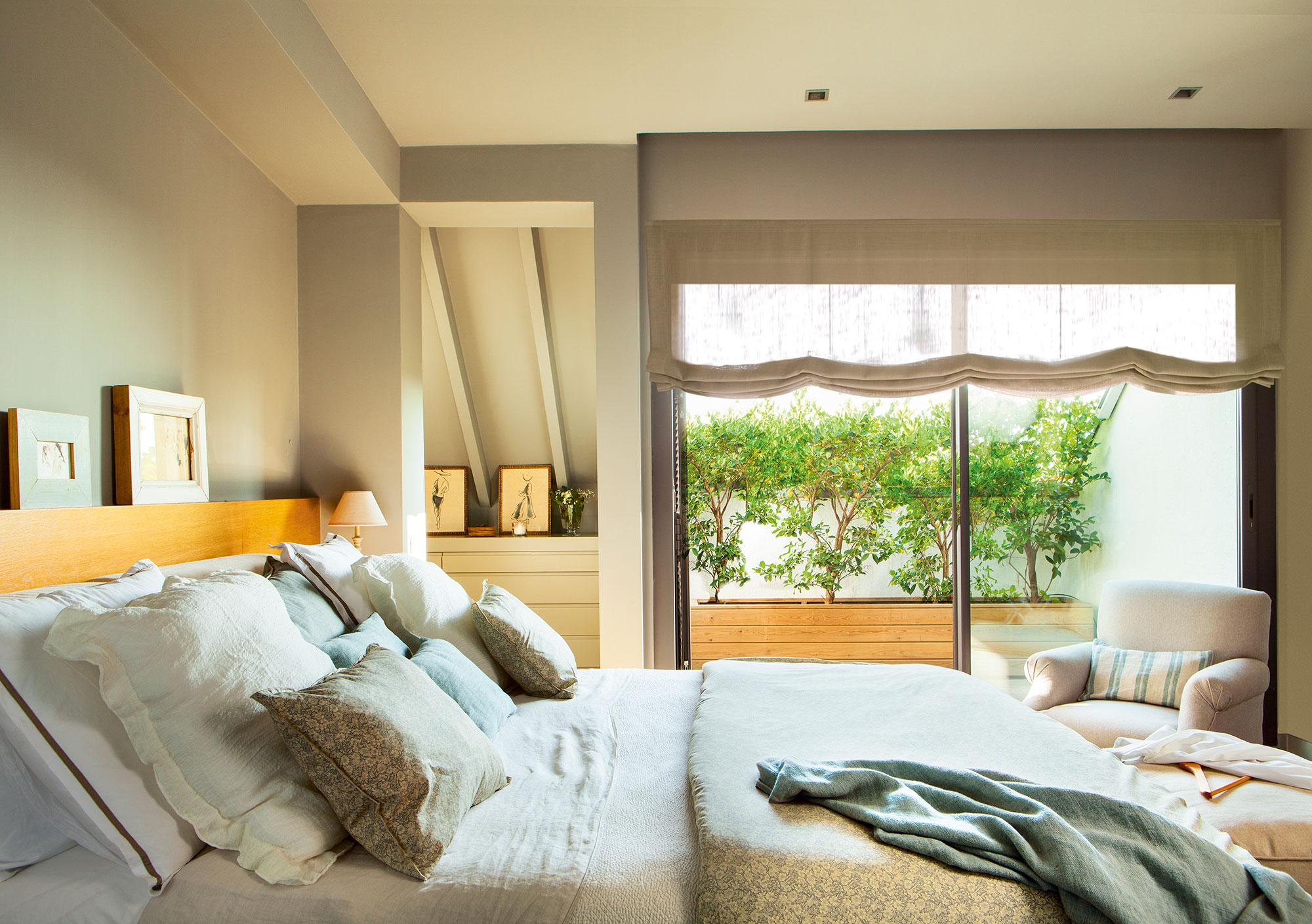 9 ideas para multiplicar la luz del dormitorio - Dormitorio vestidor ...