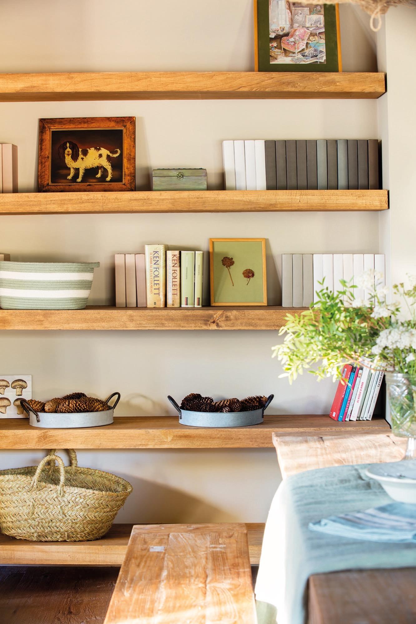 Una casita de monta a en cerler con mucha madera y encanto - Baldas para cuadros ...