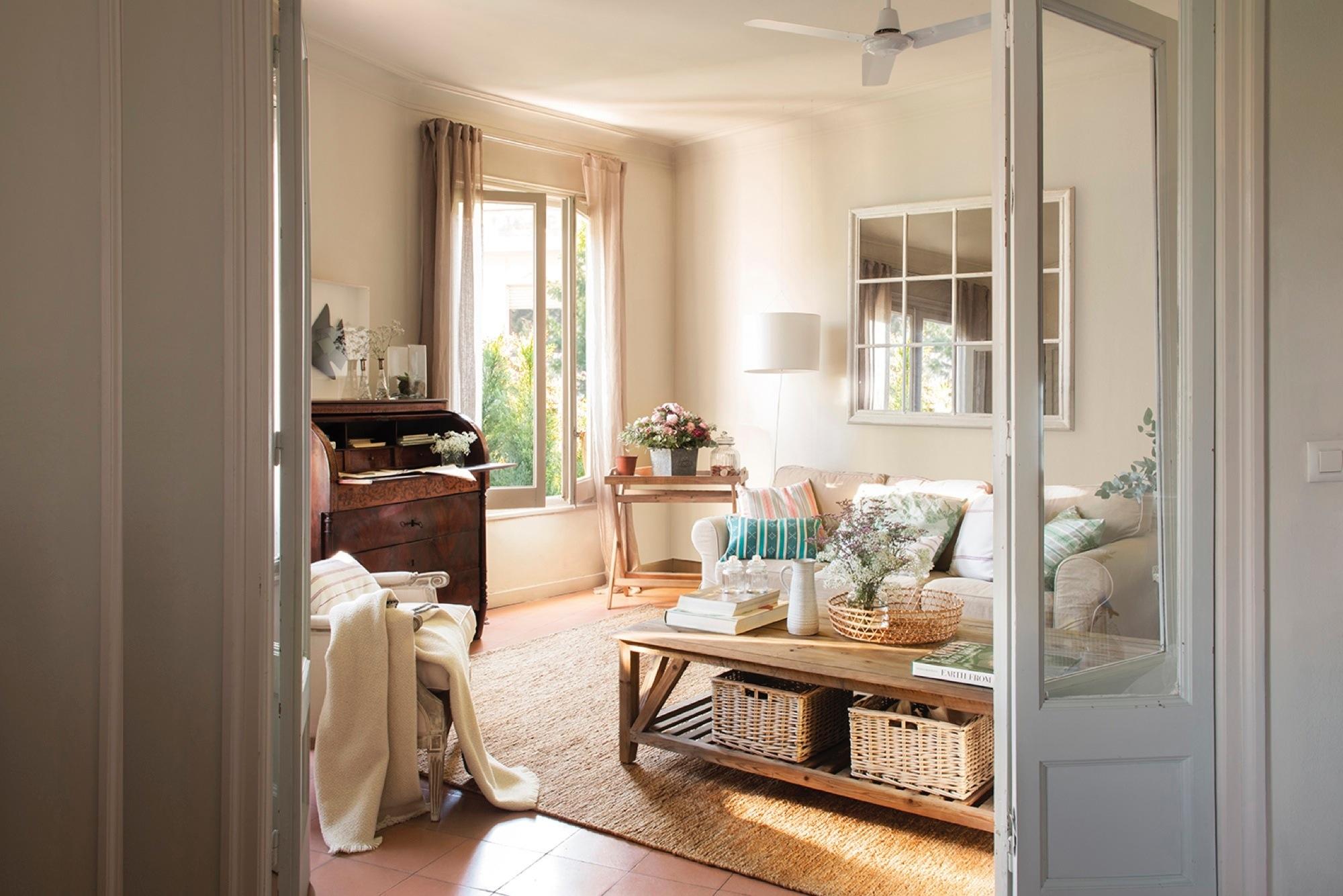 un piso con soluciones a una distribuci n complicada. Black Bedroom Furniture Sets. Home Design Ideas