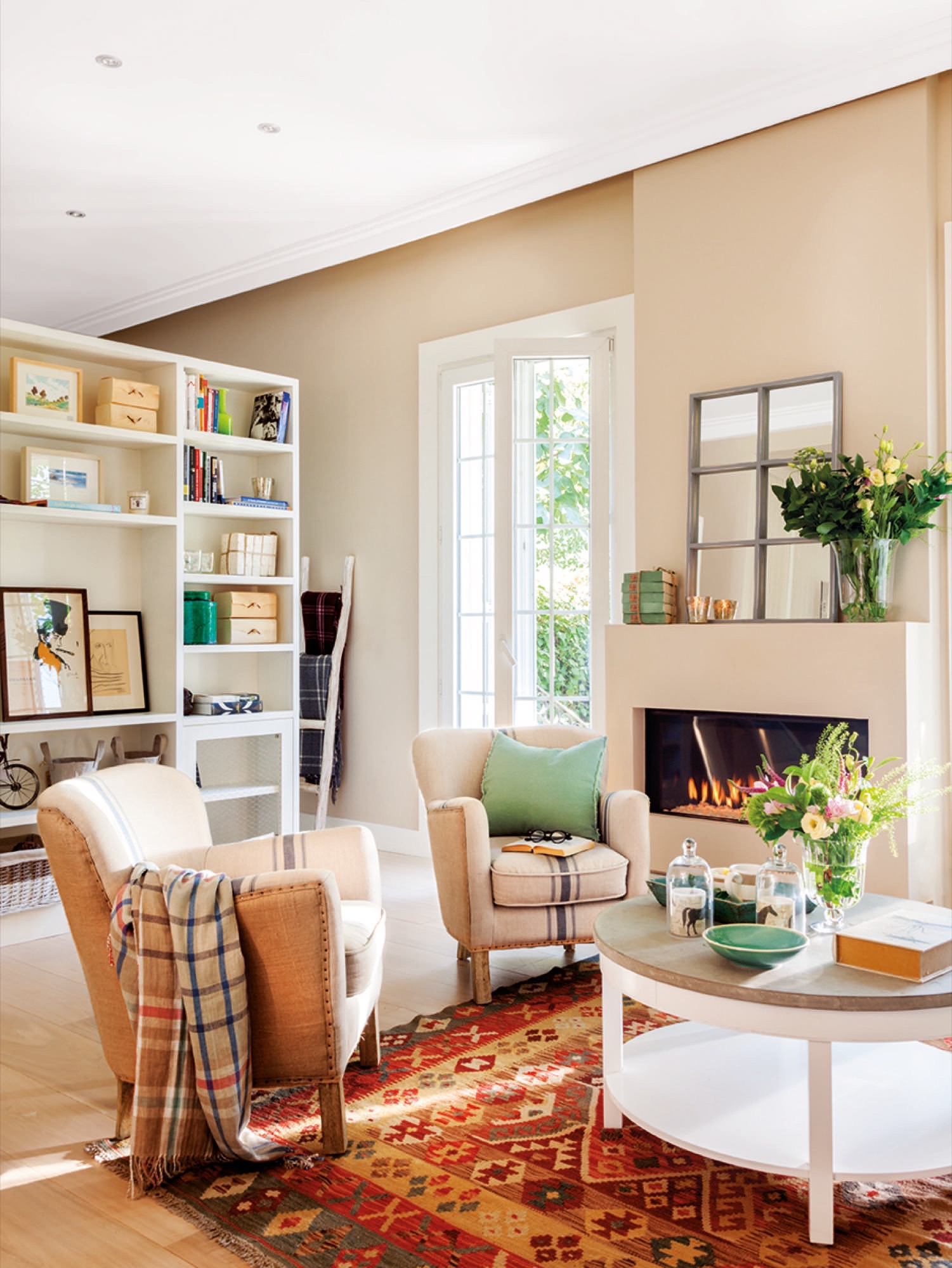 Diez pisos peque os con las mejores ideas para aprovechar - Como pintar un piso pequeno ...