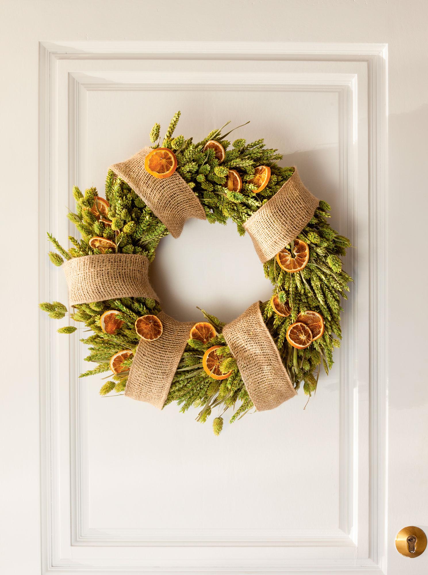 Navidad ideas para decorar de verde natural tu recibidor - Guirnaldas navidad manualidades ...