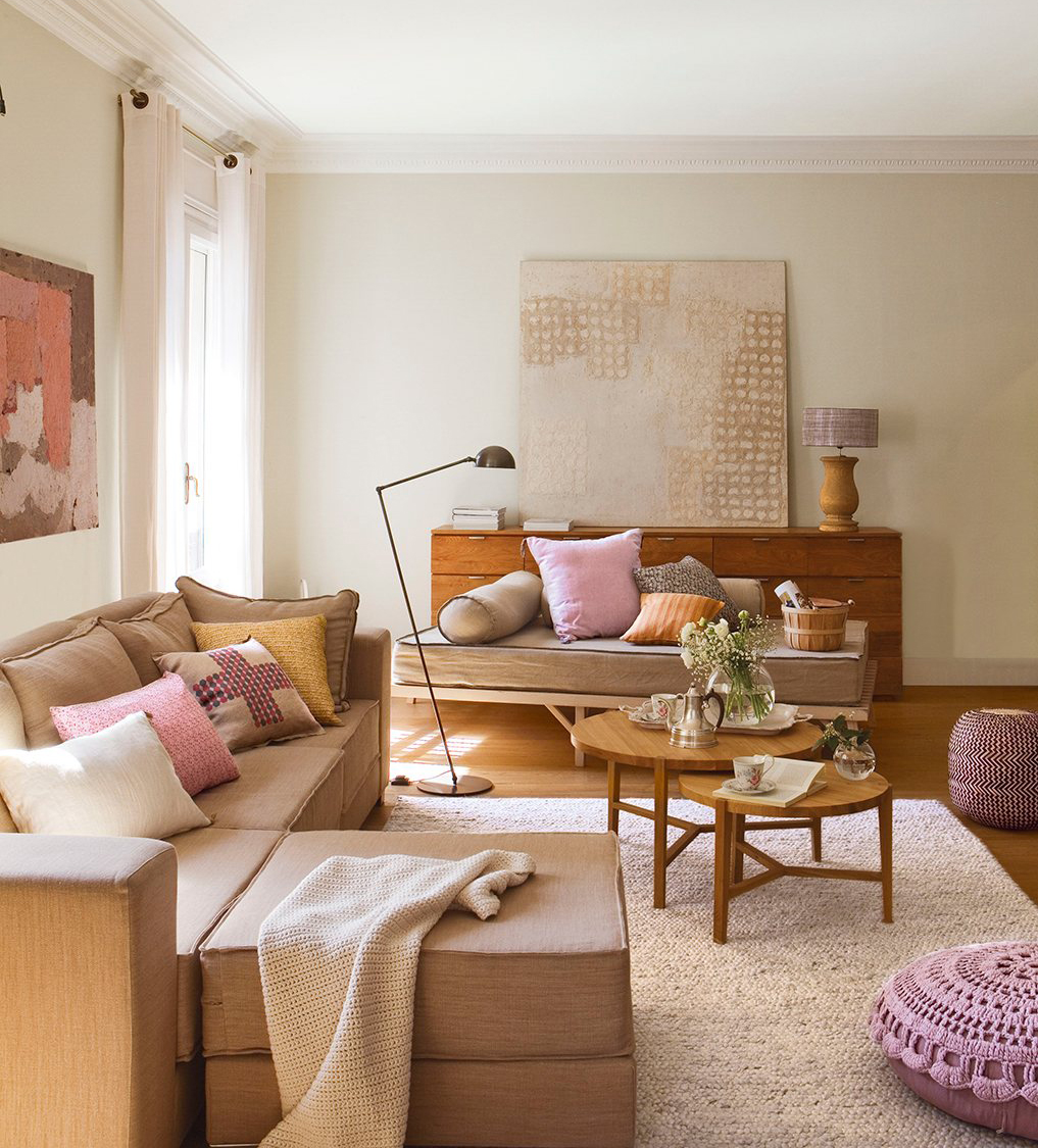 salon de linea moderna con detalles en rosa x