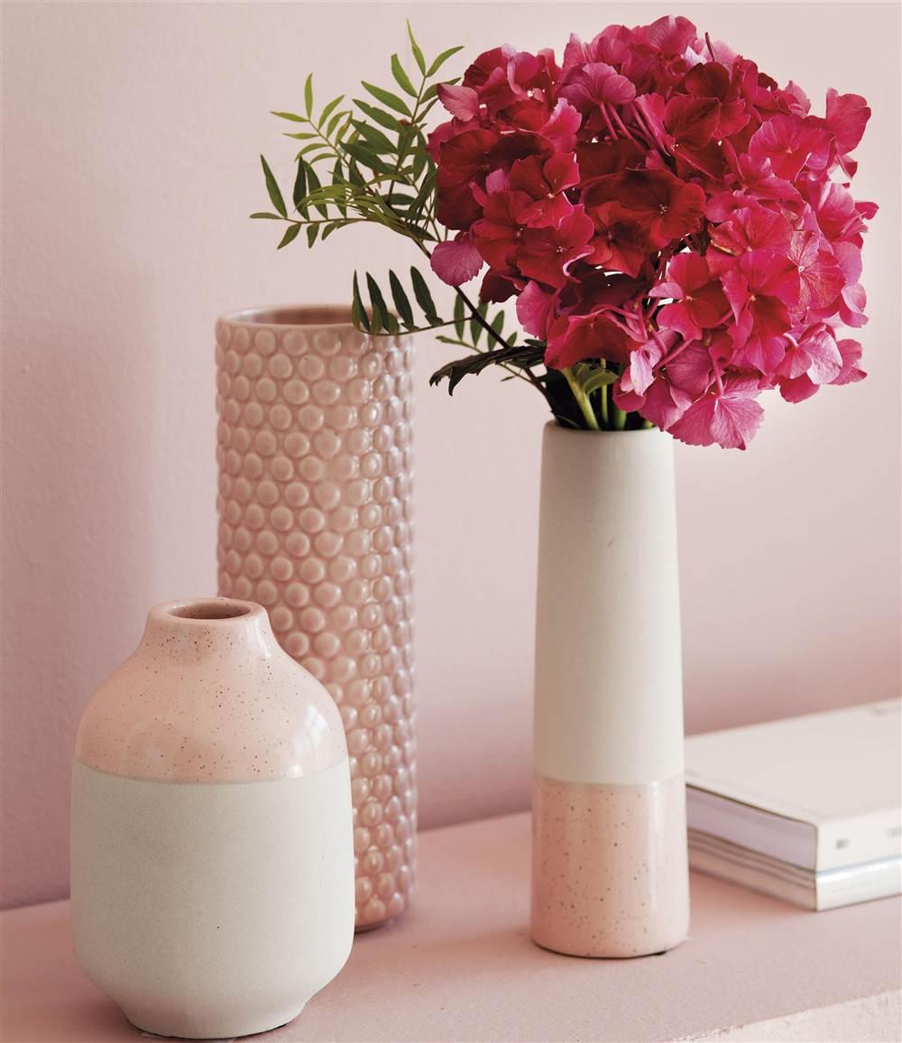 Jarrones en rosa