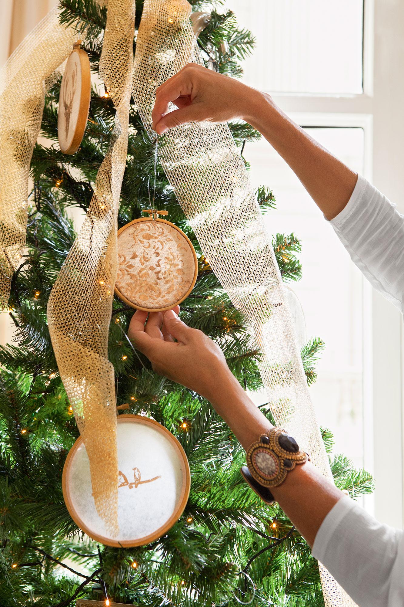 Navidad 15 ideas para decorar de fiesta tu casa - Arbol de navidad blanco ...