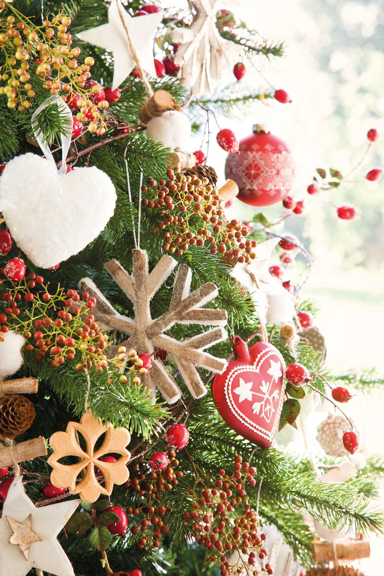 Decoraci n de navidad en rojo y verde 15 ideas para - Arbol de navidad tela ...