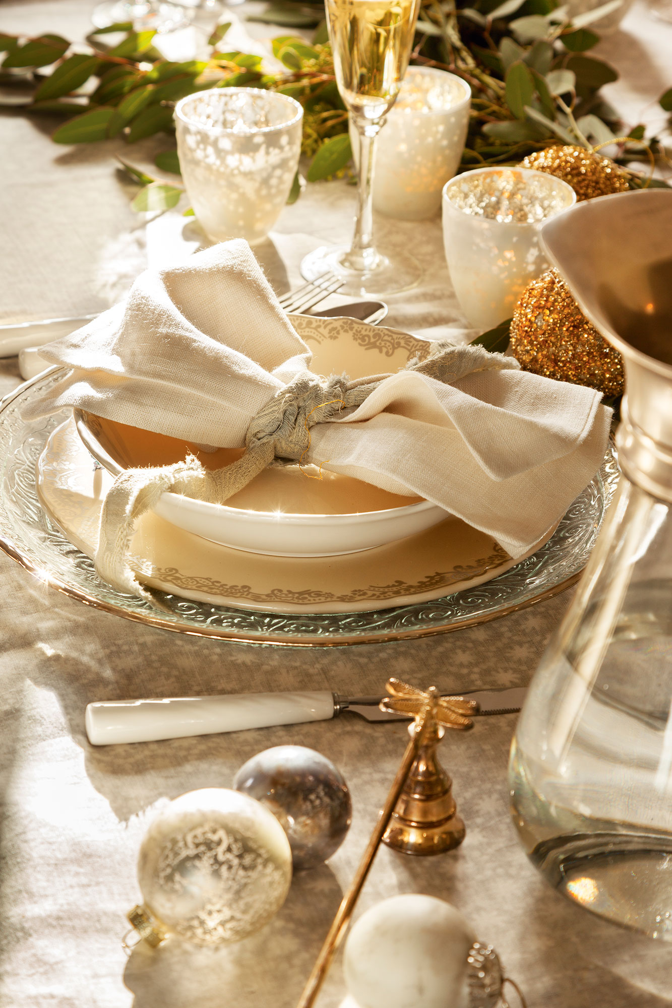 Navidad 15 ideas para decorar de fiesta tu casa for Mesa de navidad elegante