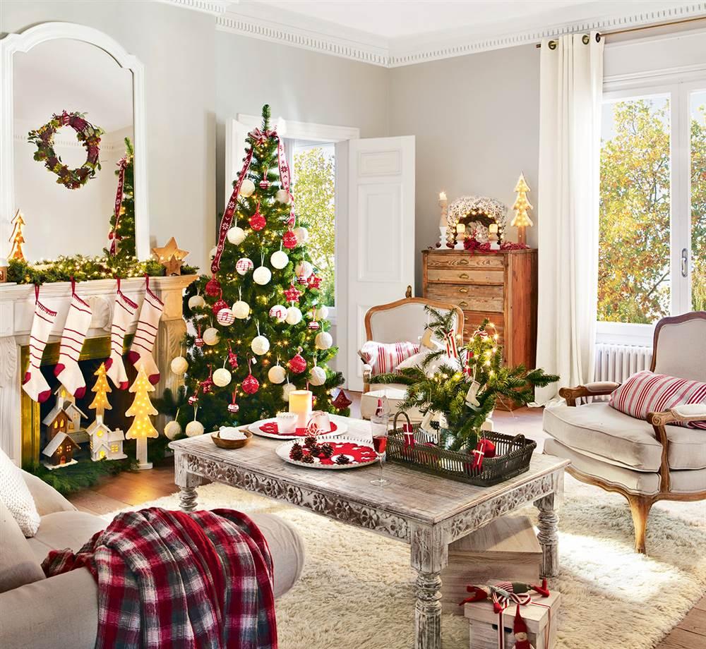 Tres estilos de navidad en el sal n cu l es el tuyo for Bandejas decoracion salon