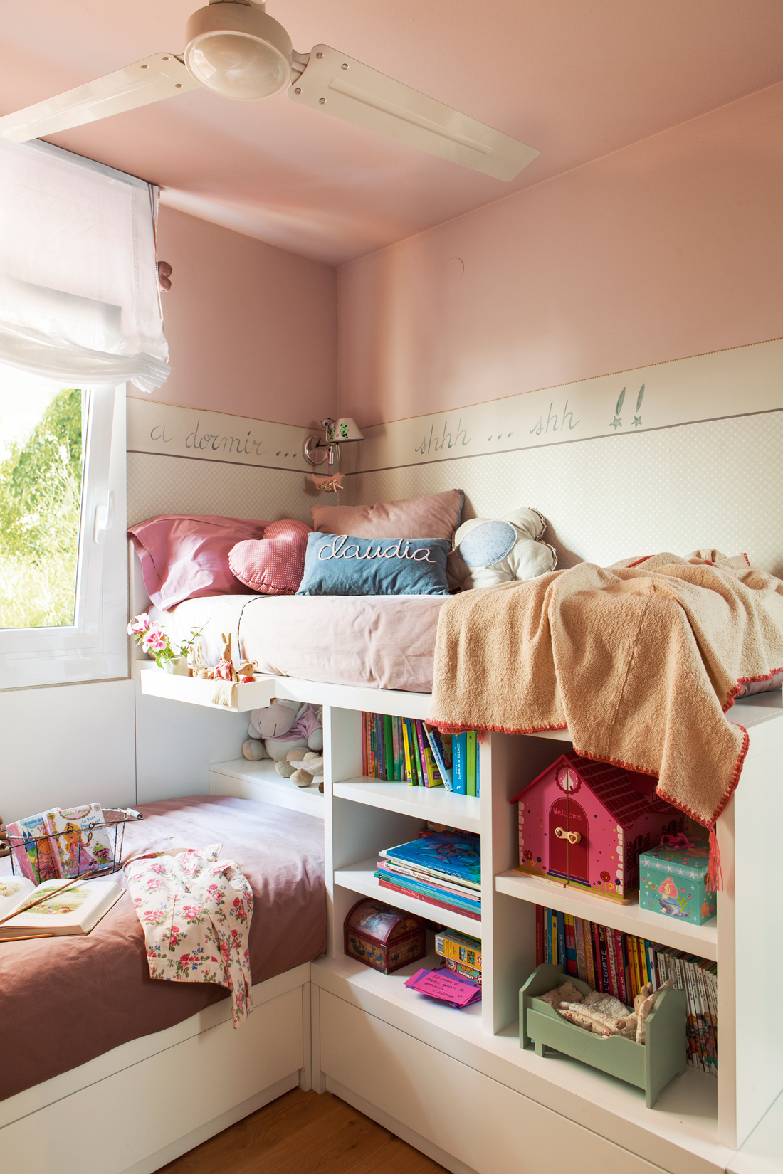 Ideas para decorar la habitaci n de los ni os - Literas tipo tren medidas ...