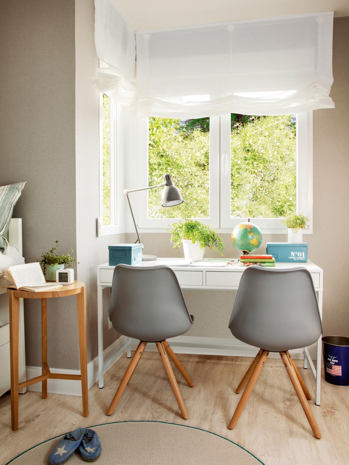 Ideas para decorar la habitaci n de los ni os - Escritorio habitacion ...