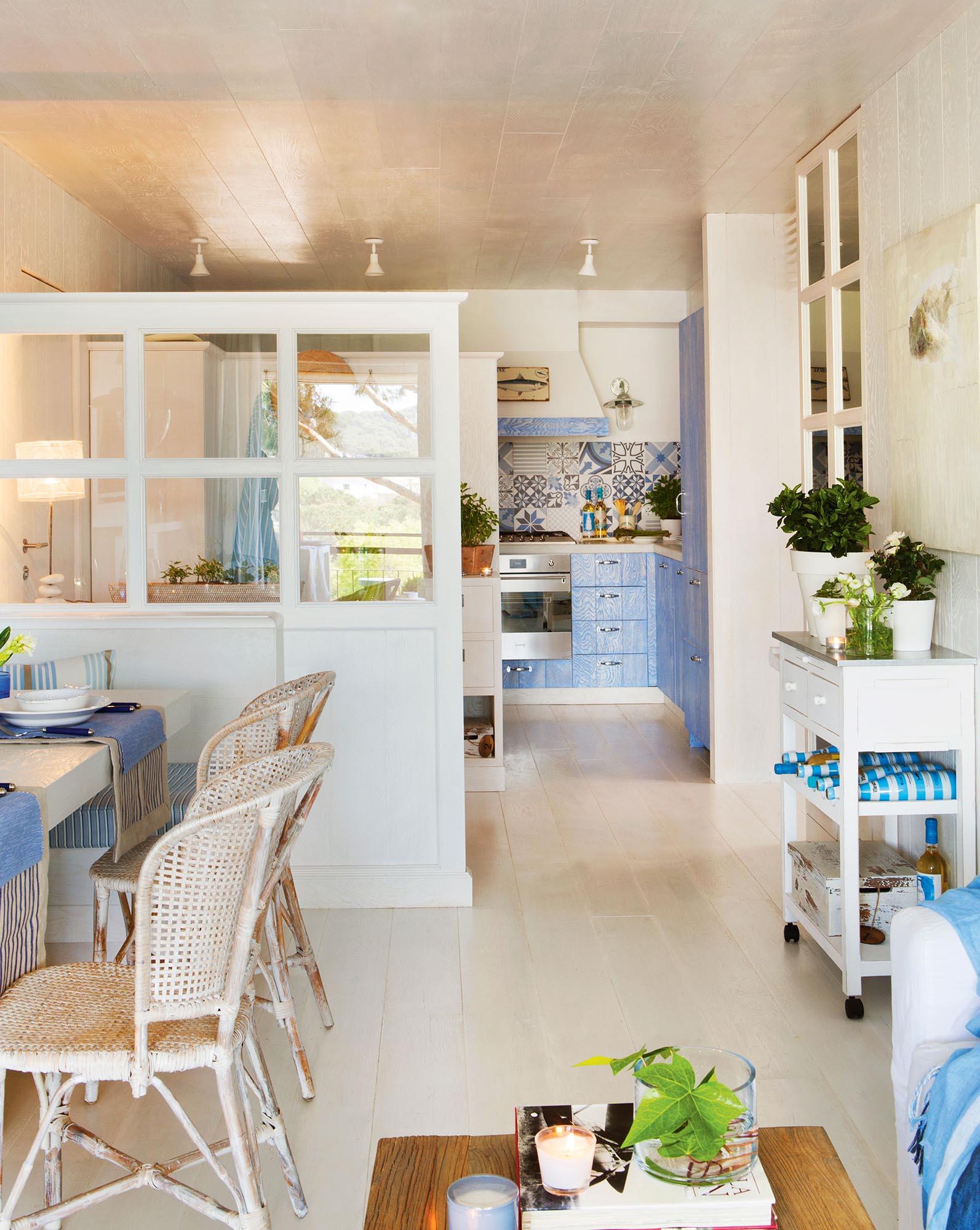 Recibidores y pasillos buenas ideas para decorarlos y for Separacion de muebles cocina comedor