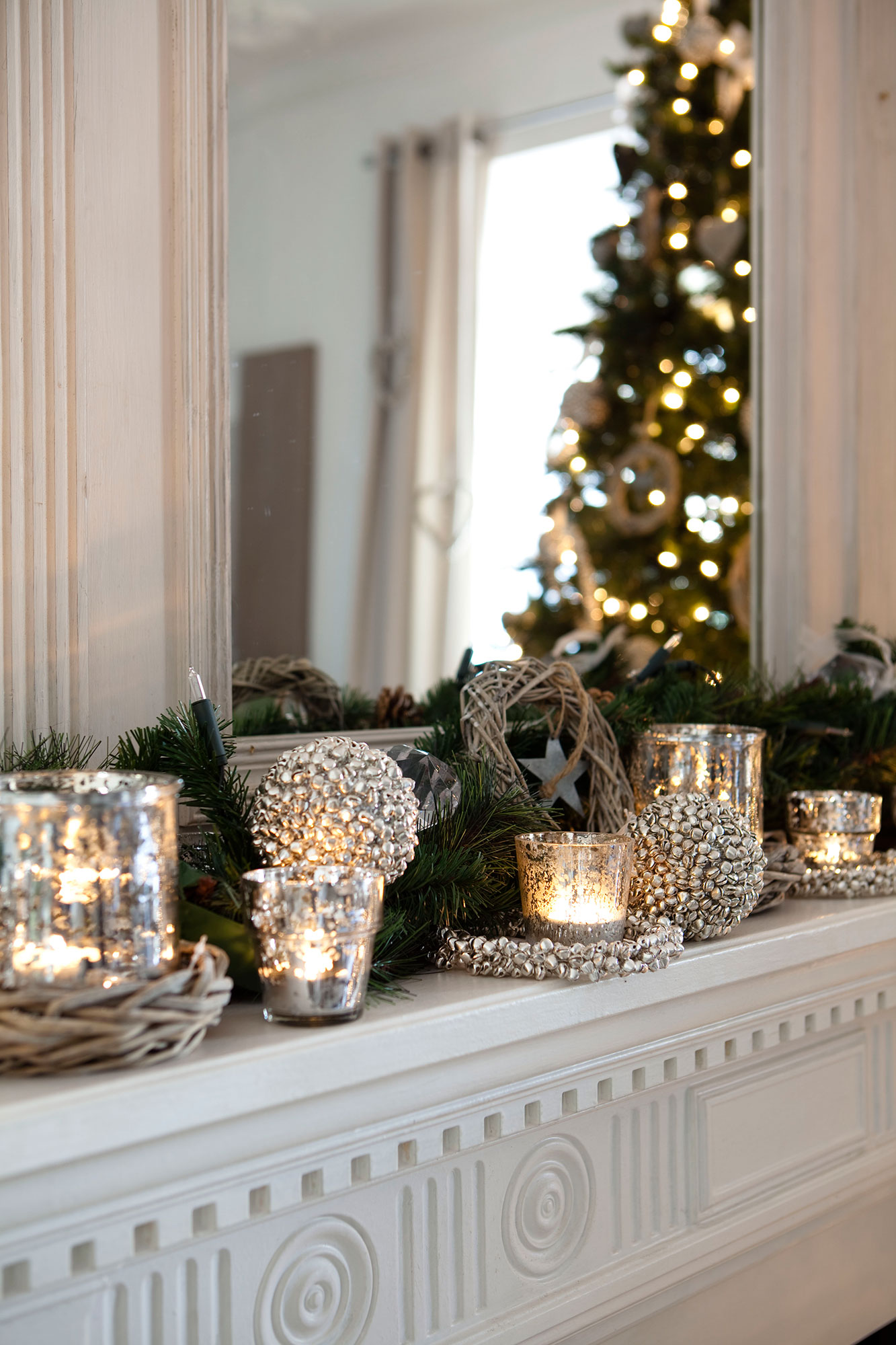 Detalles e ideas en plata para decorar tu casa esta navidad for Forrar chimenea