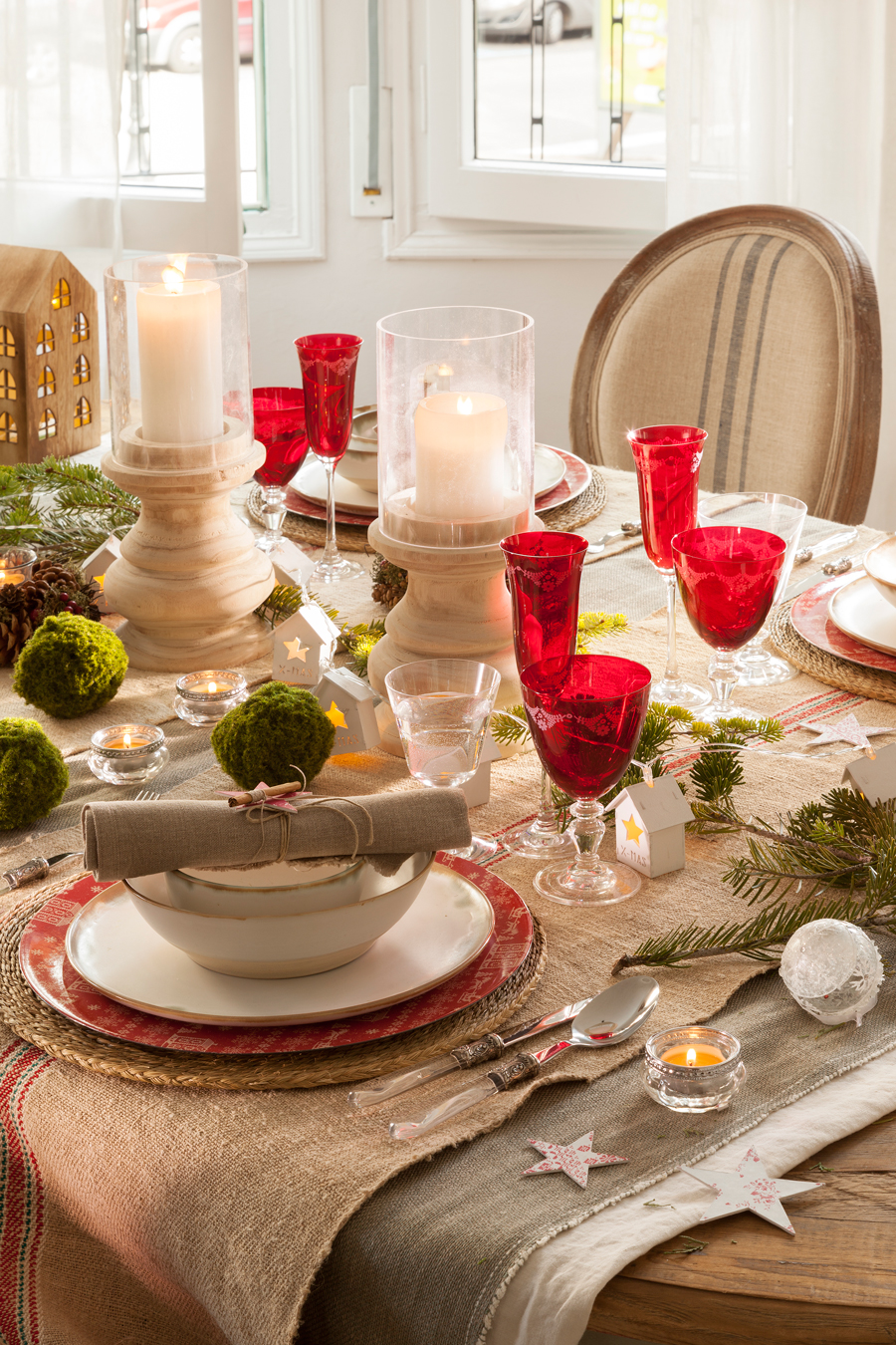 C mo decorar la mesa de navidad for Detalles de decoracion