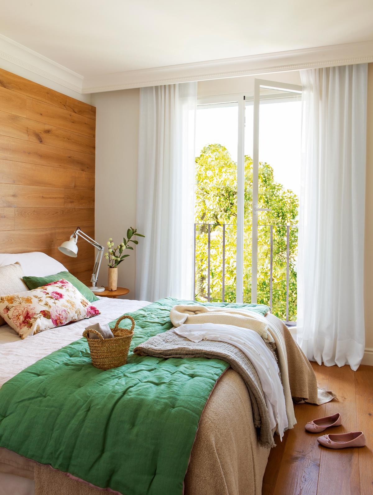 Todo lo que debe tener un dormitorio para ser perfecto for Cortinas blancas