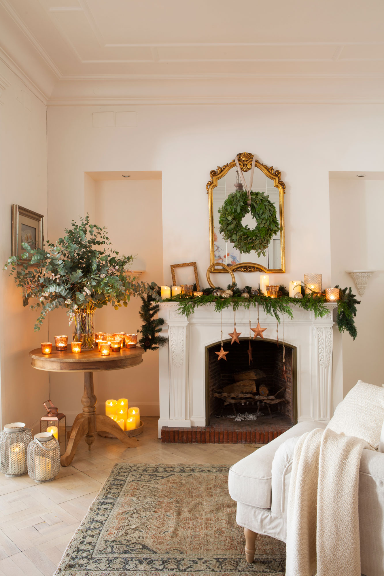 10 desastres a evitar cuando vistas tu casa de navidad for Decoracion de chimeneas