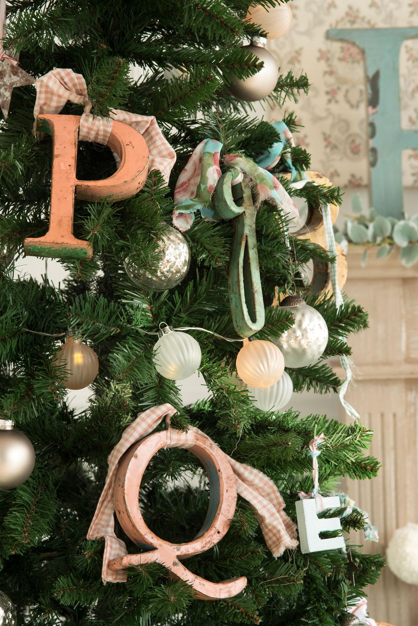10 desastres a evitar cuando vistas tu casa de navidad - Comprar arboles de navidad decorados ...