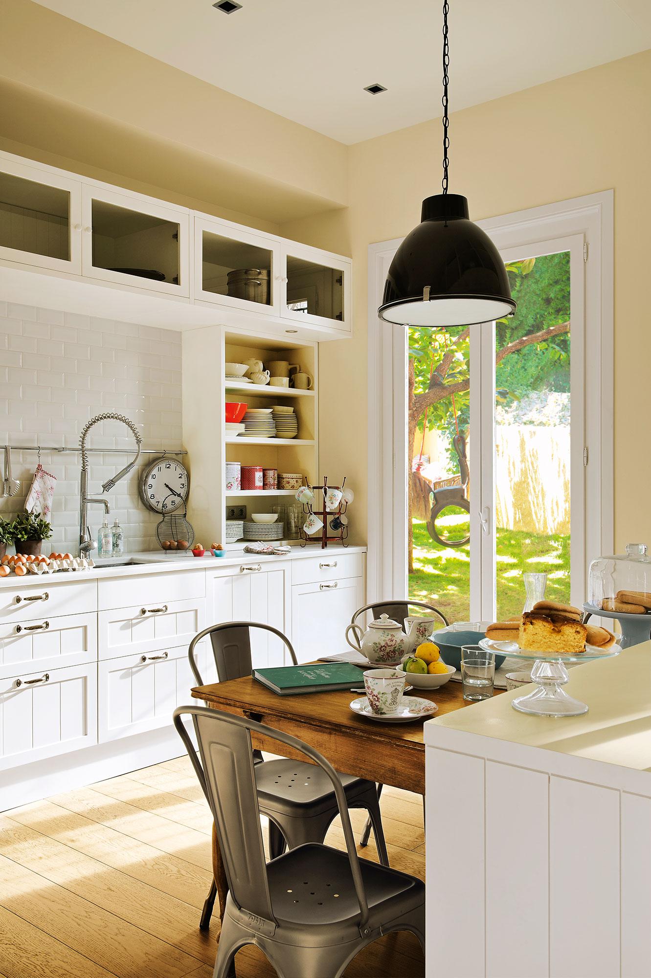 Renovar la cocina sin obras 10 reformas low cost for Como renovar una cocina sin obras