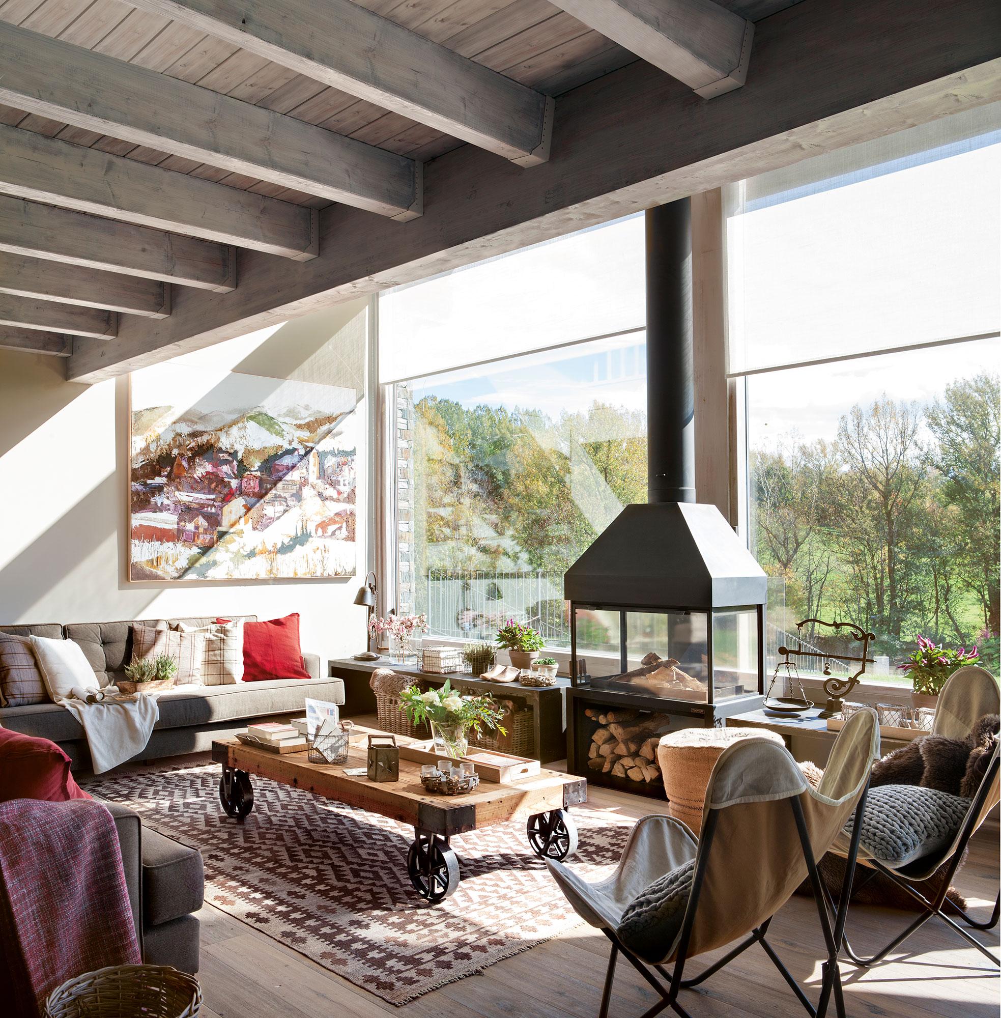 15 salones r sticos c lidos y con muy buenas ideas for Salones minimalistas con chimenea
