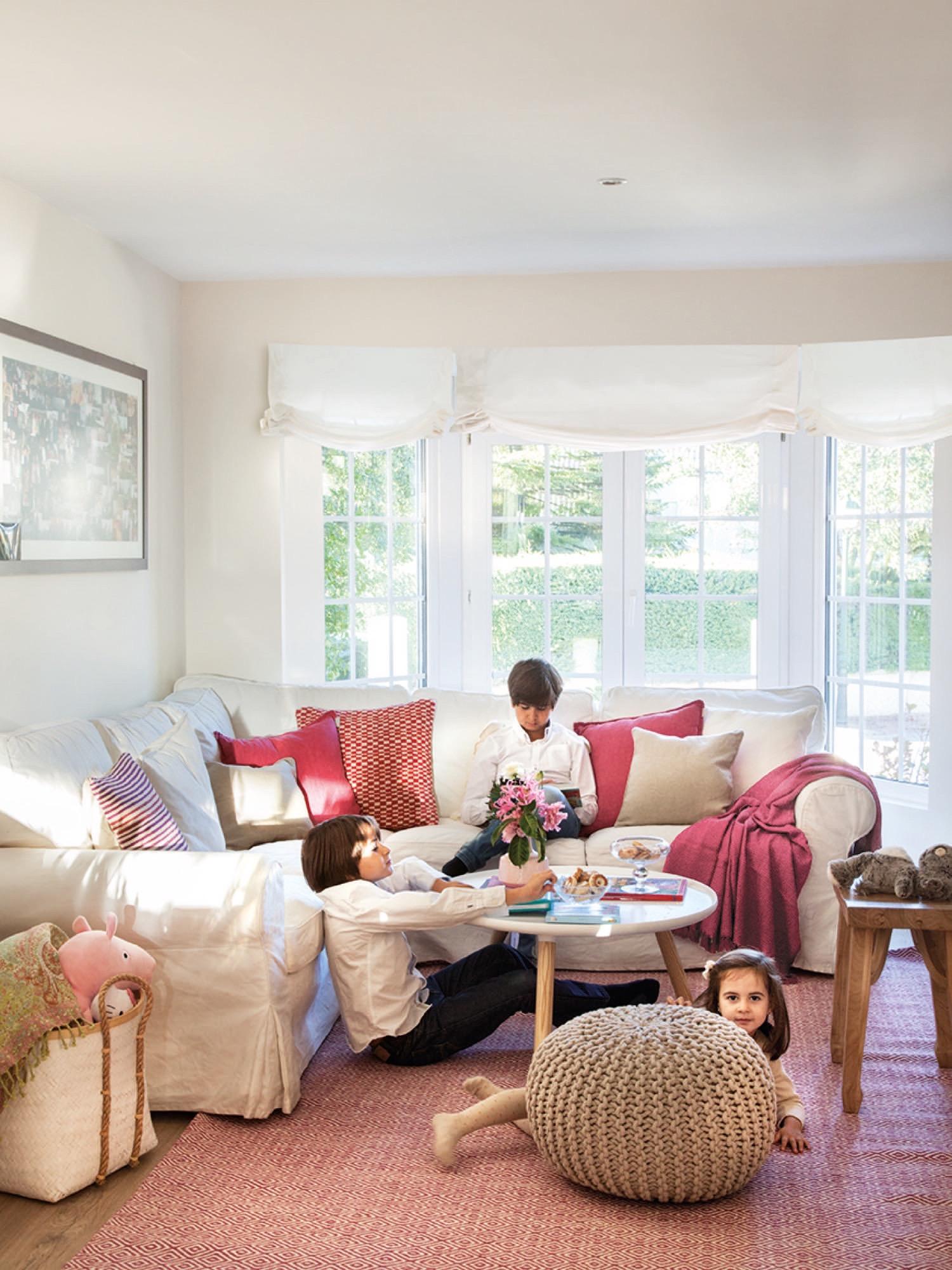 Una gran casa para una familia numerosa for Desarrollar una gran sala de estar