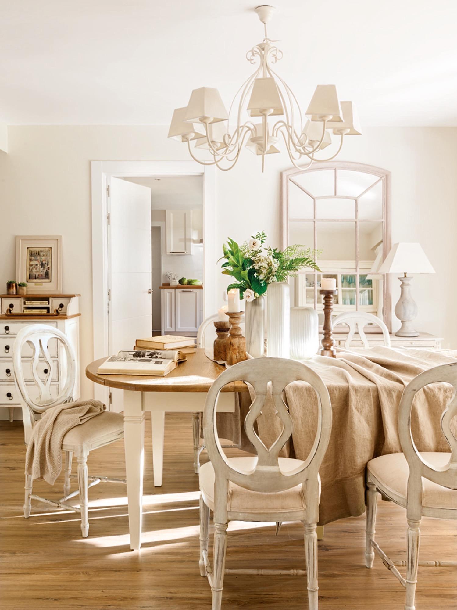 Una gran casa para una familia numerosa - El comedor de familia ...