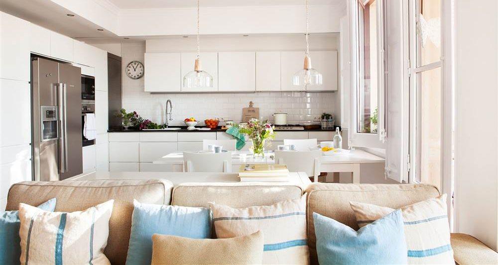 Cocinas pr cticas para cada tipo de necesidad y familia for Cocinas pequenas abiertas al salon