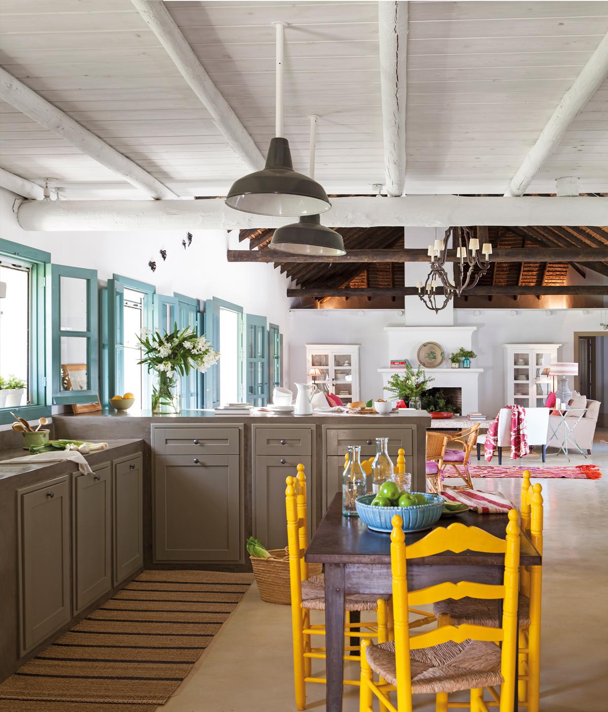 Muebles pintados: gana vida y color