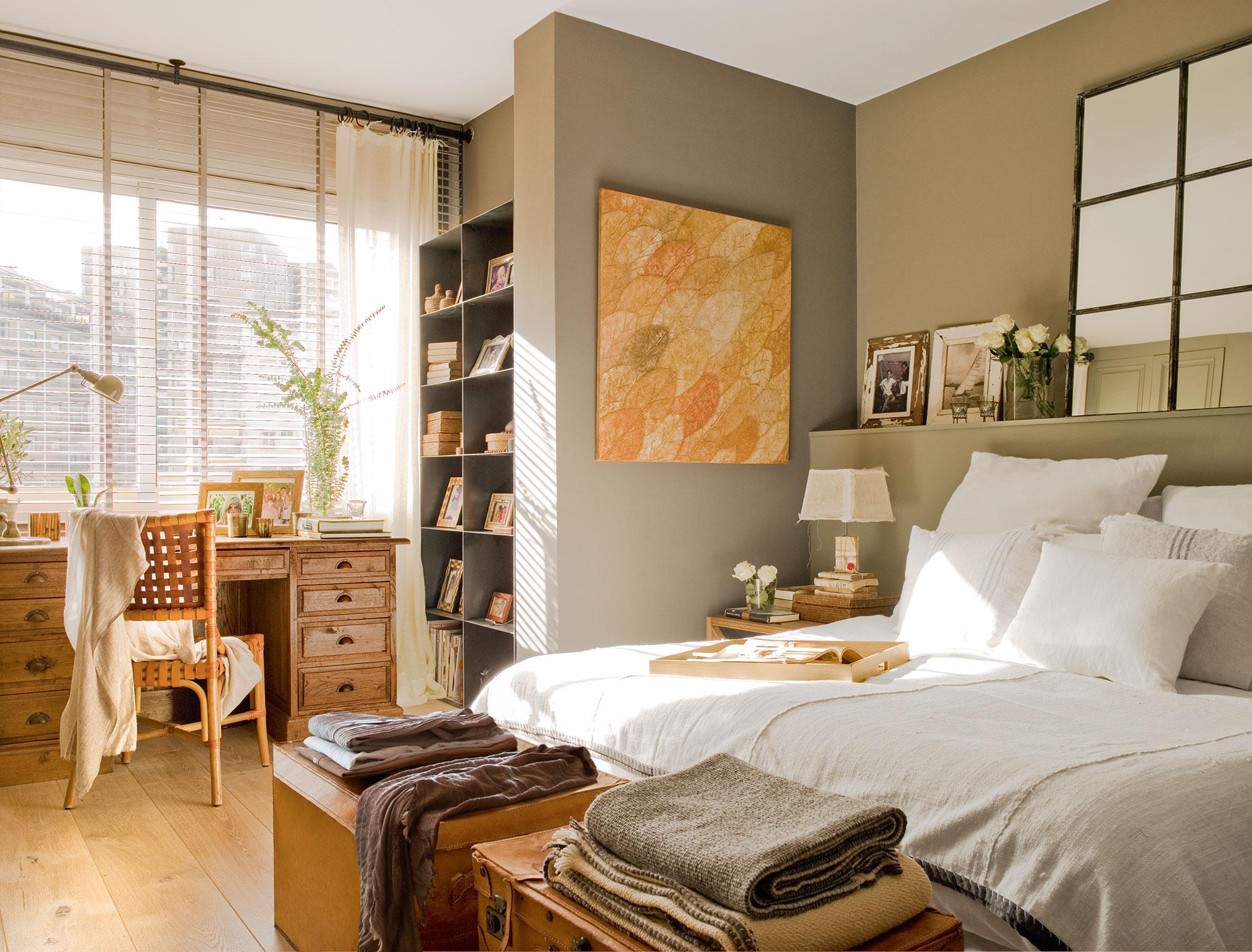 Librer as 15 buenas ideas para guardar y tener en orden - Dormitorio beige ...