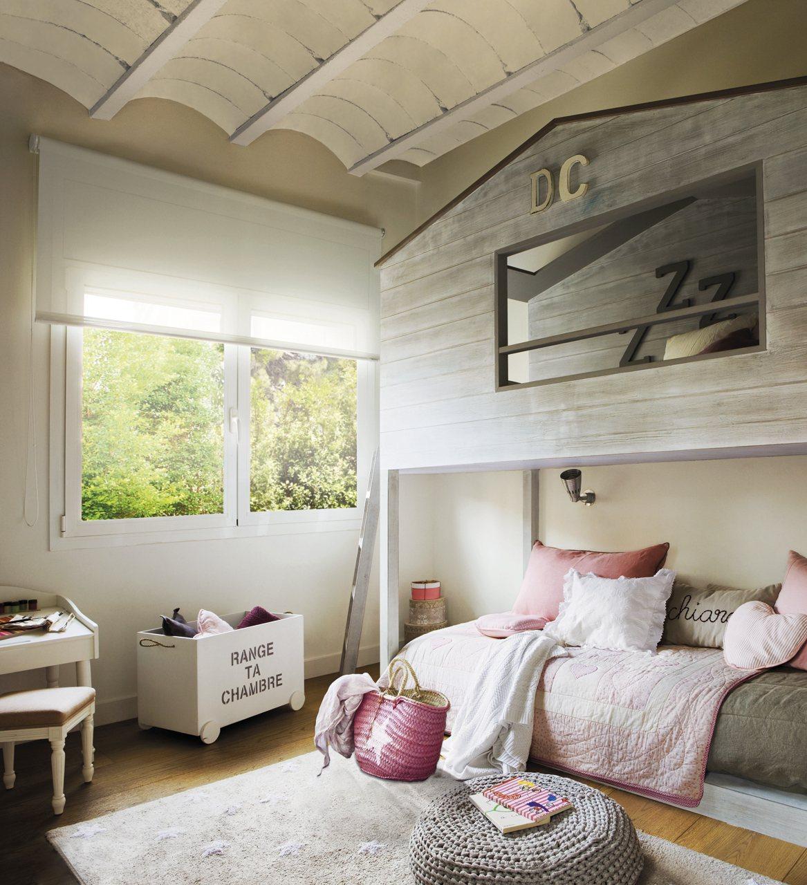 Habitaciones infantiles con dormitorio y zona de juegos for Habitaciones para ninas con literas