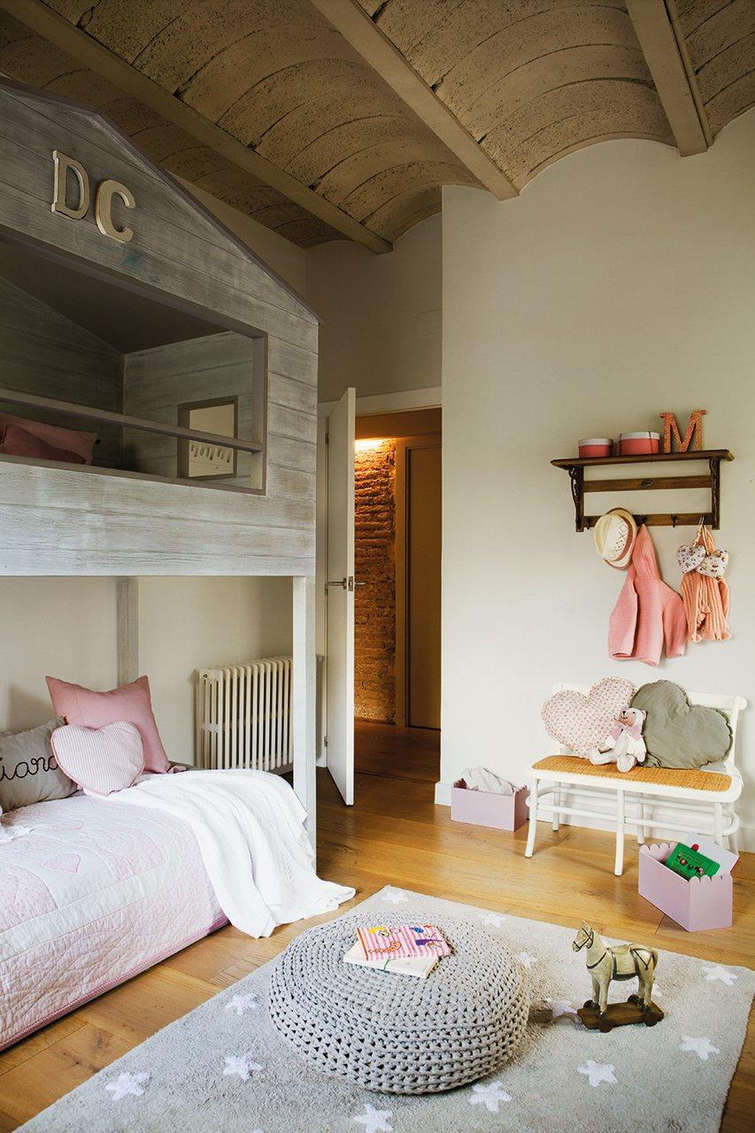 Habitaciones infantiles con dormitorio y zona de juegos