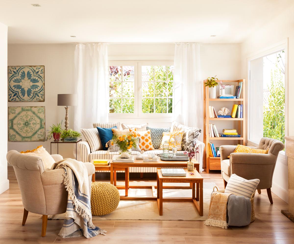 10 piezas imprescindibles para casas peque as - Butacas pequenas para salon ...