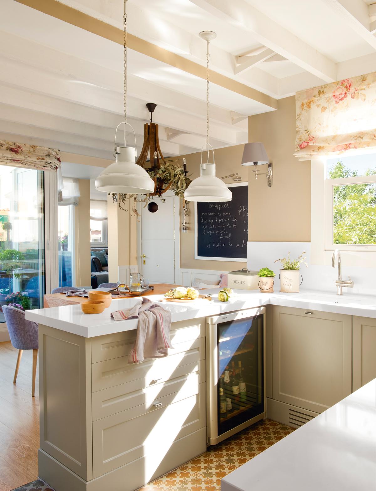 Ideas para ganar estilo en casa for Lamparas cocinas rusticas