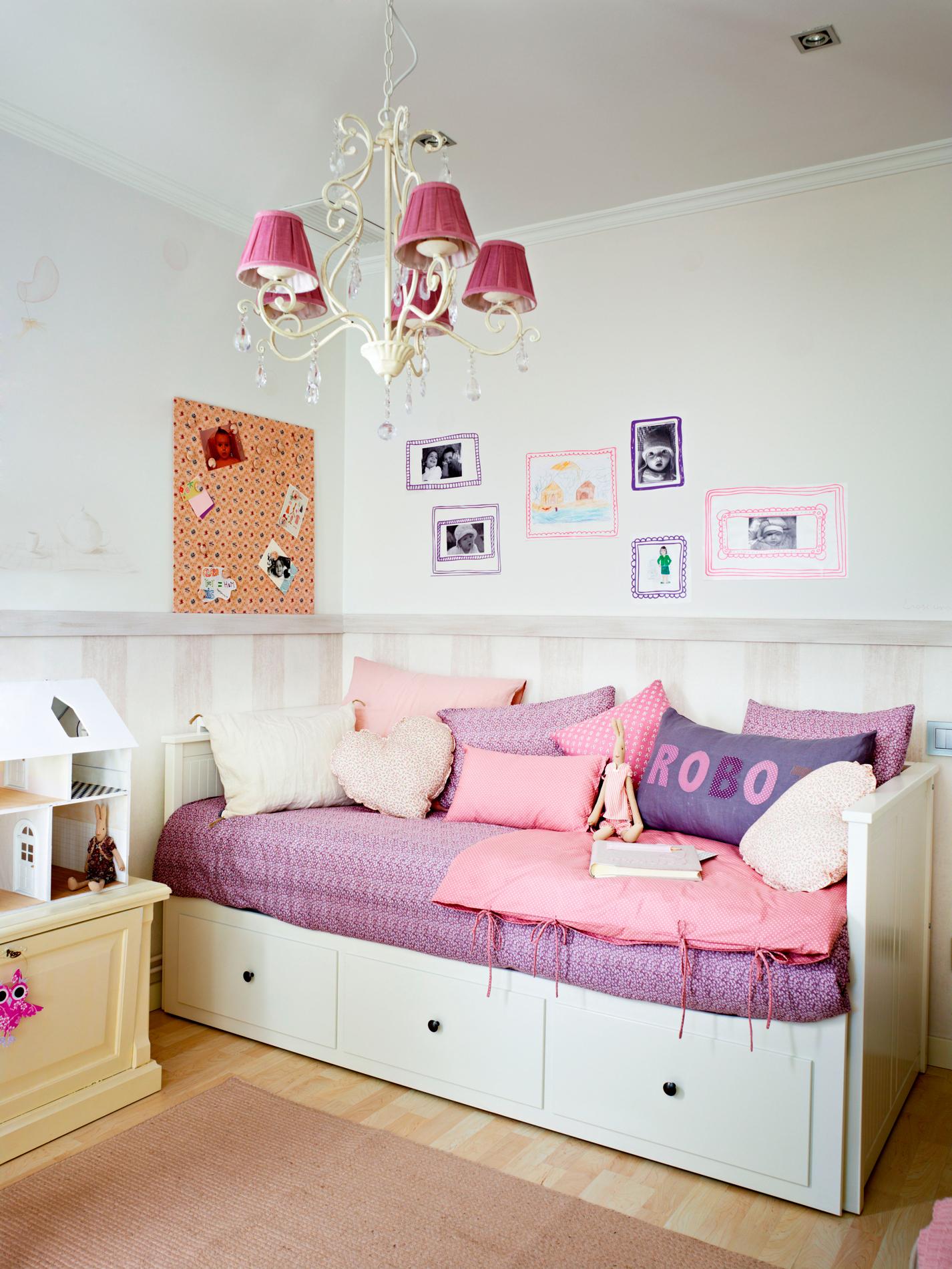 Gana espacio como por arte de magia en el cuarto de los peques for Sofa cama para habitacion juvenil