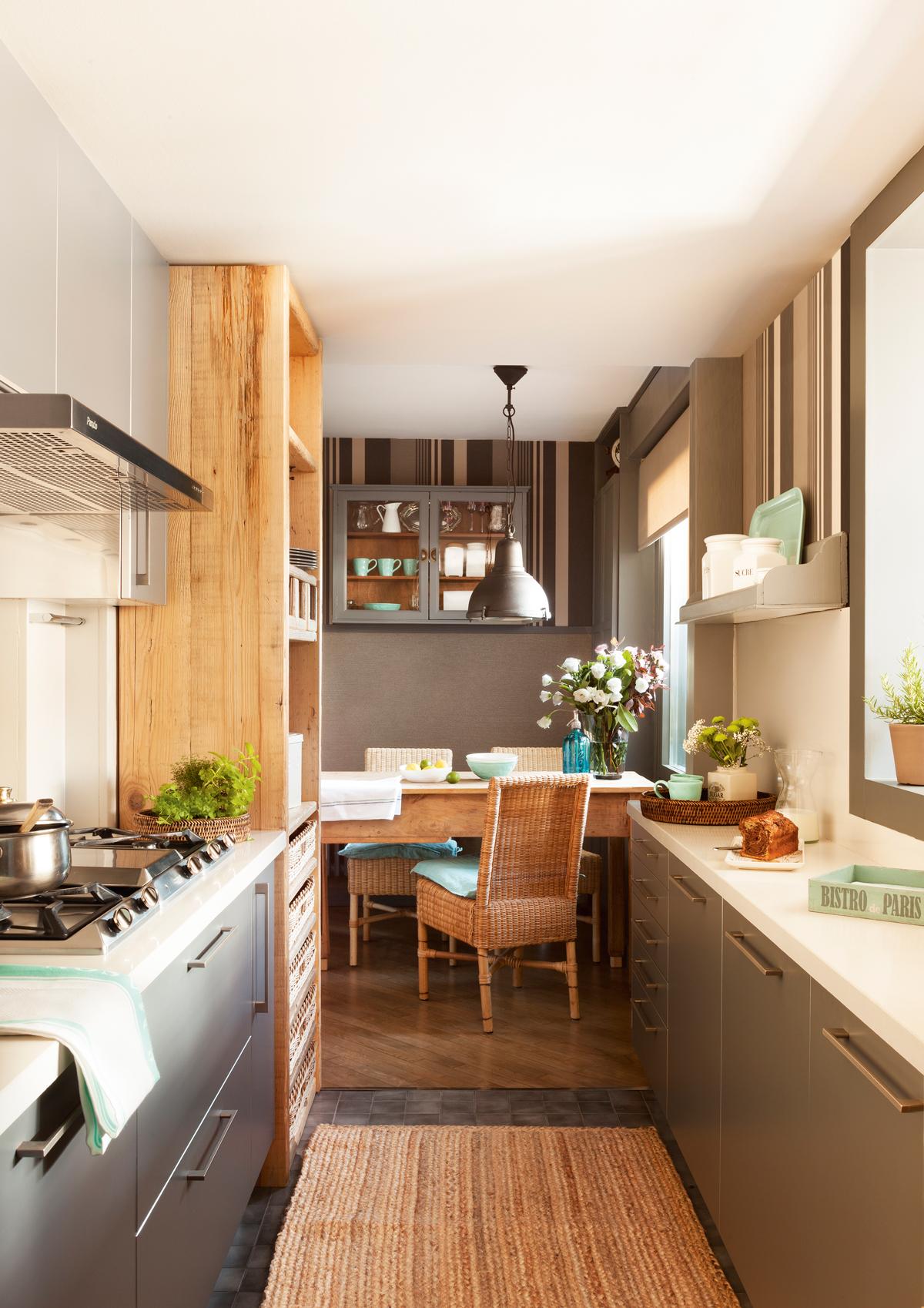 Ideas decorativas con rayas for Cocinas en casas pequenas