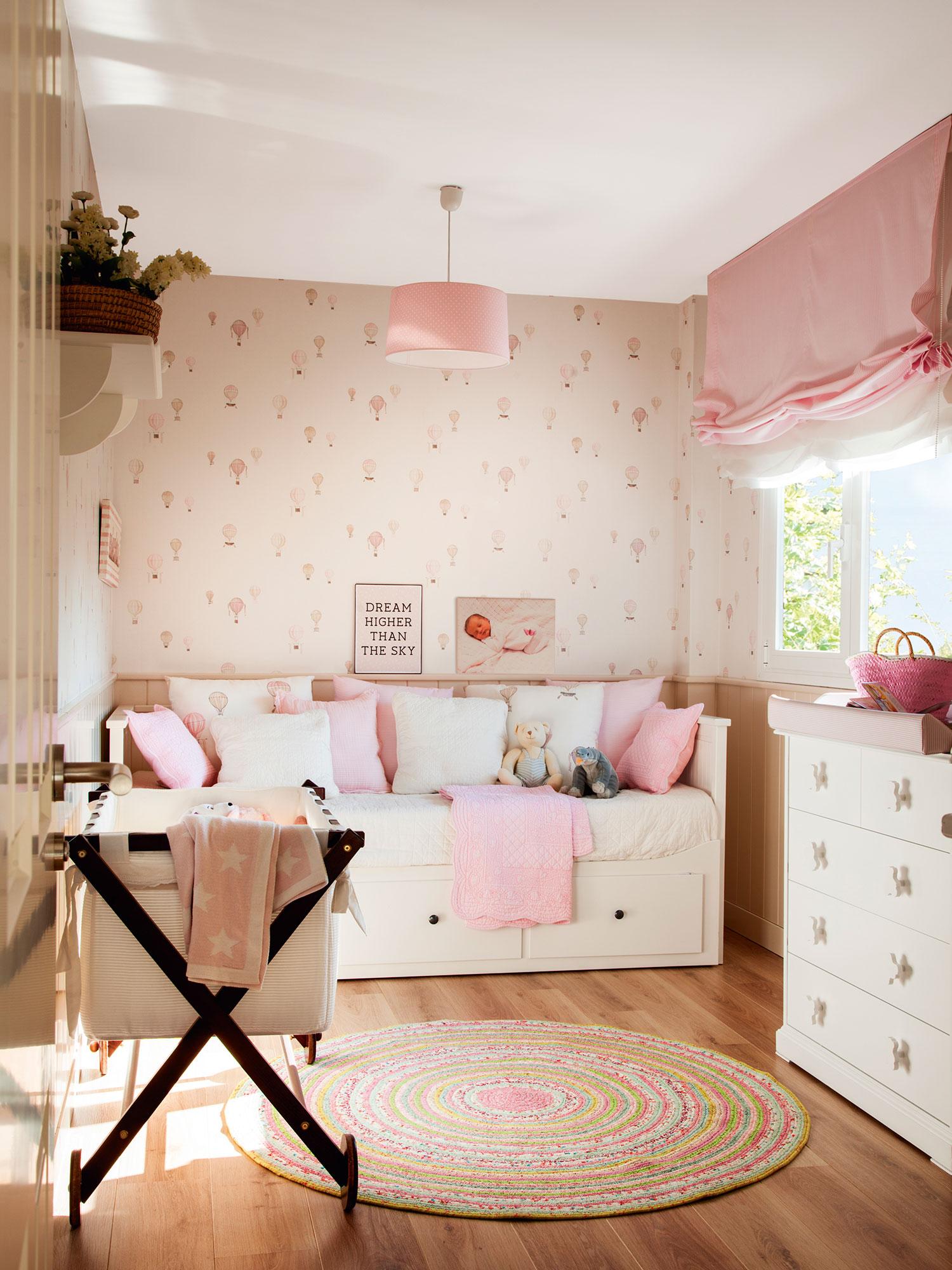 Habitaciones infantiles c mo cambian con el tiempo - Habitaciones infantiles decoracion paredes ...