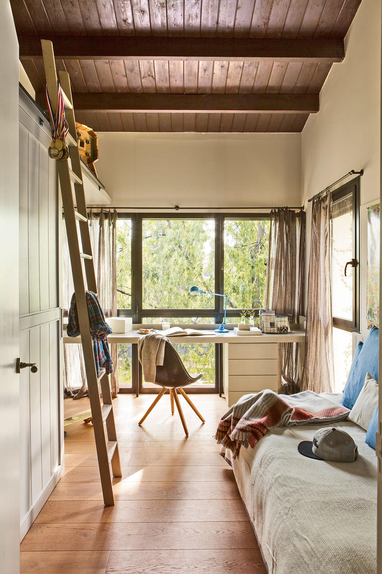 Claves para decorar la habitaci n de los ni os de beb a - Camas pegadas ala pared ...