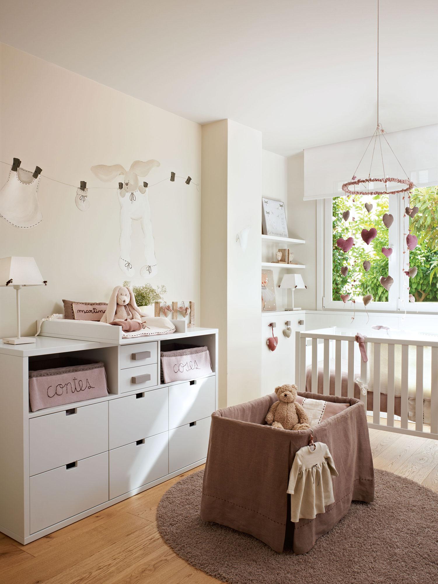 Habitaciones infantiles c mo cambian con el tiempo - Muebles para habitacion de bebe ...