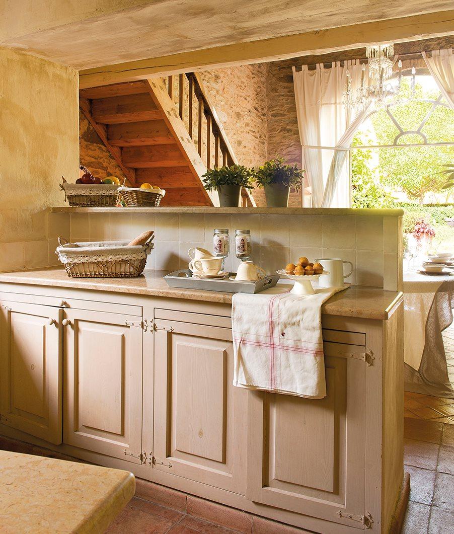 C mo ampliar espacios con huecos en paredes y tabiques a for Comedor de cocina