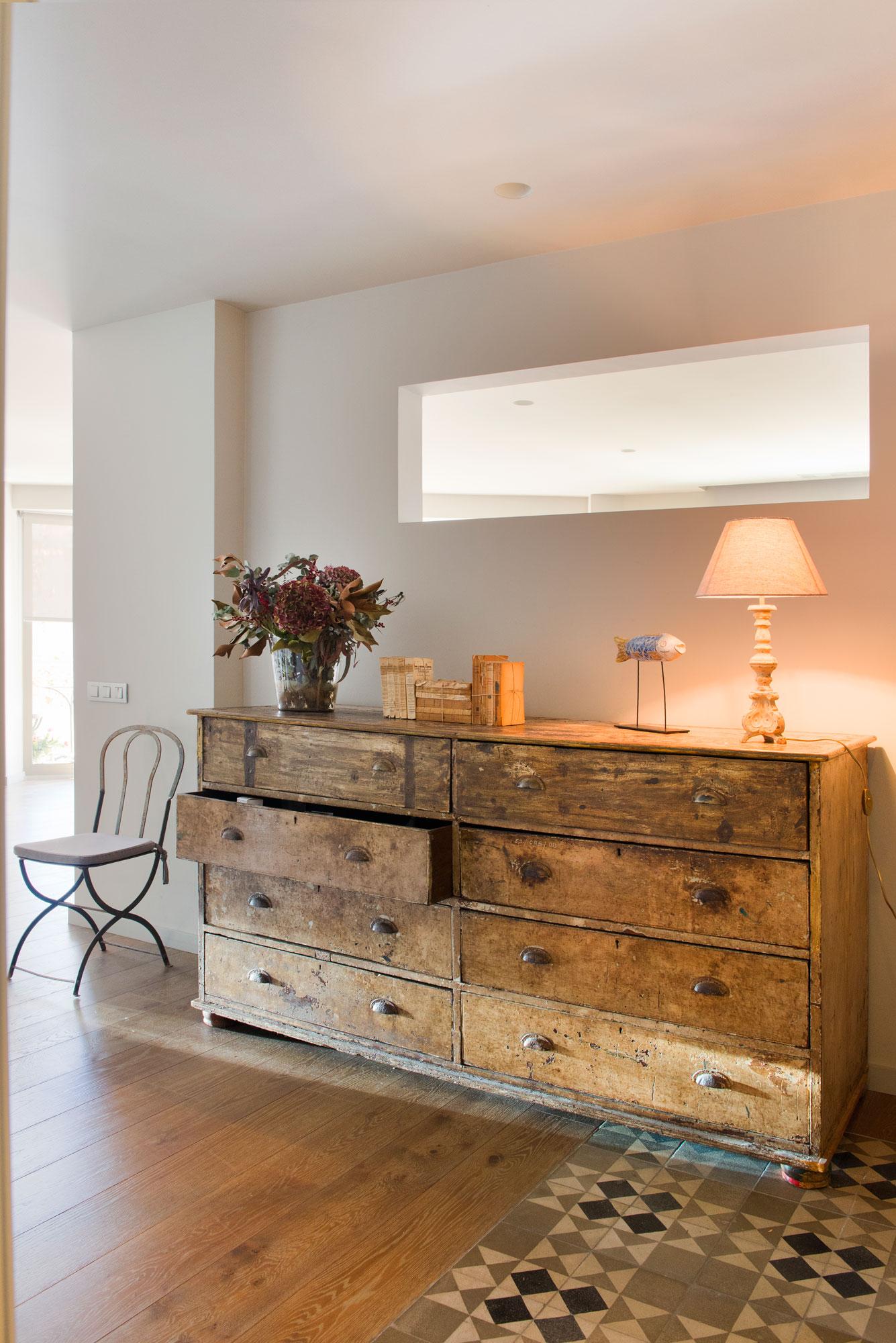 C mo iluminar tu casa sin cometer los errores m s habituales - Iluminacion para techos bajos ...