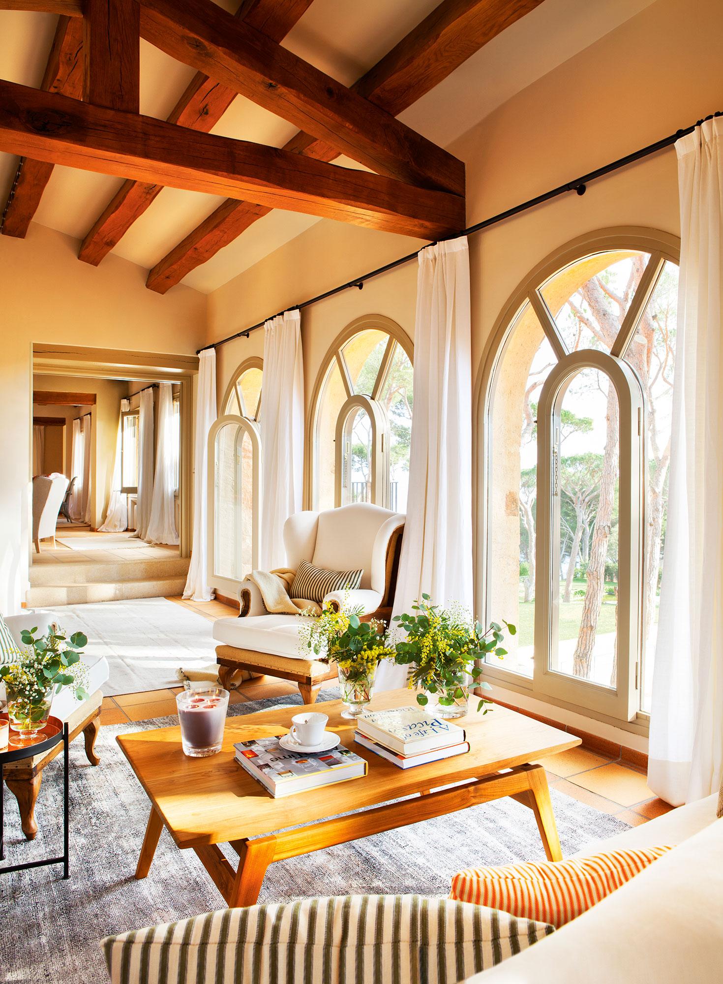 Vestir ventanas dormitorio affordable dormitorio con - Visillos para dormitorios ...